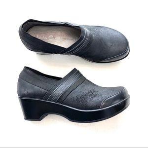 Jambu Bali Sport Wedge Design Leather Clog